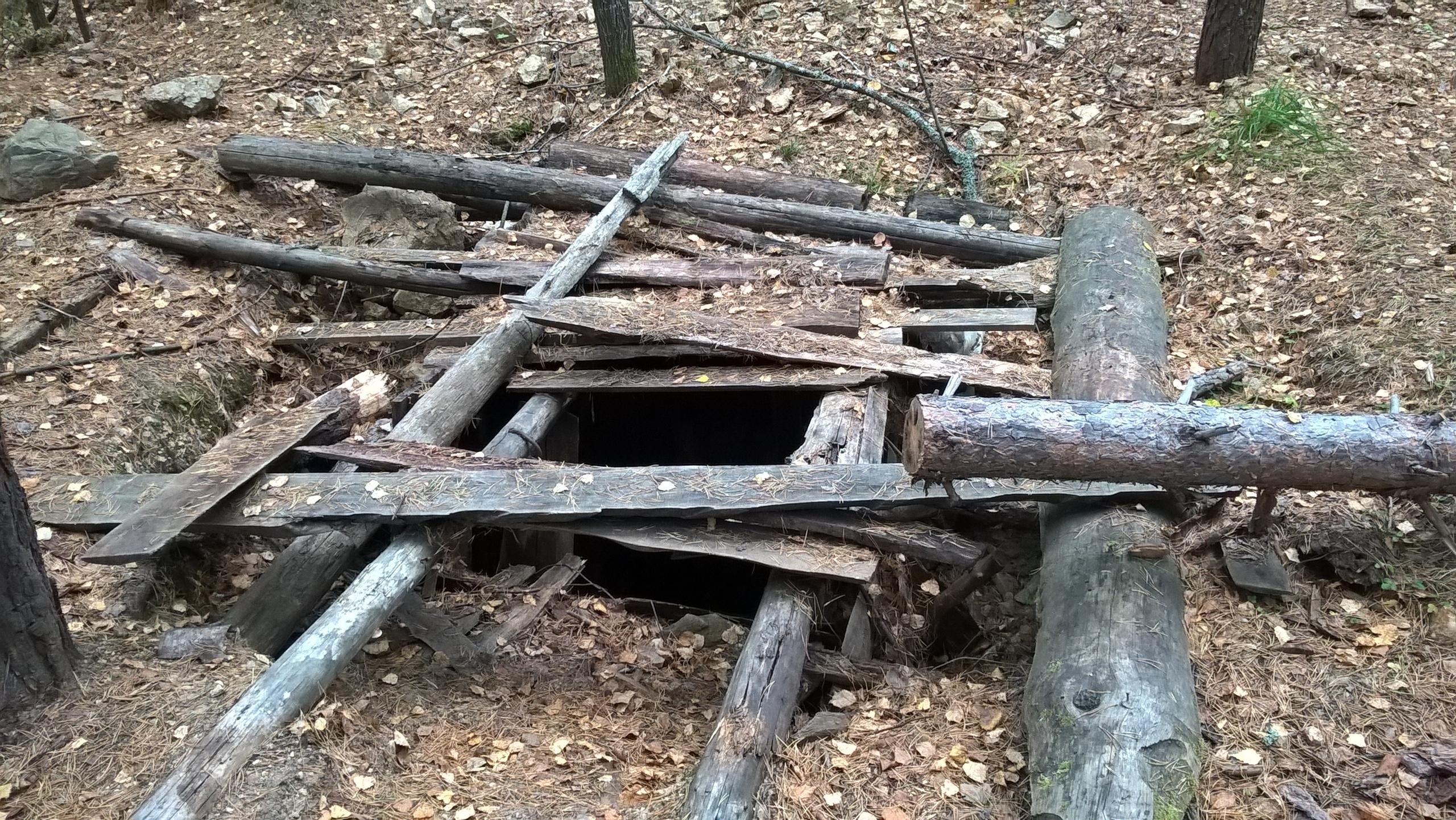 шахта в копи Тальян около Мурзинка