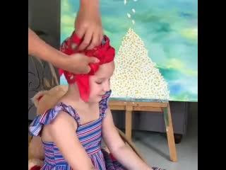 Завязываем платок малышке