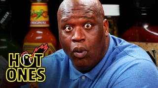 Shaq Tries to Not Make a Face While Eating Spicy Wings | Hot Ones