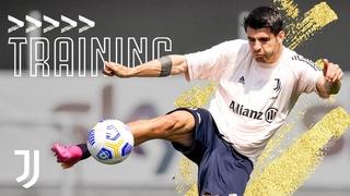 Passing, Tricks and Flicks! | Juventus Get Ready For Fiorentina | Juventus Training 2021