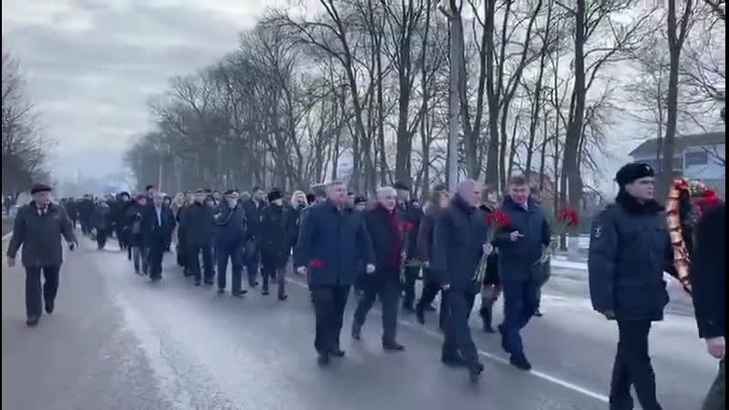Рамонь 21 02 2020 г Торжественное шествиее к памятнику героям павшим во время Великой Отечественной