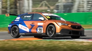 2020 Cupra Leon Competición TCR testing on track: Accelerations, Downshifts & 2.0 TSI Sound!