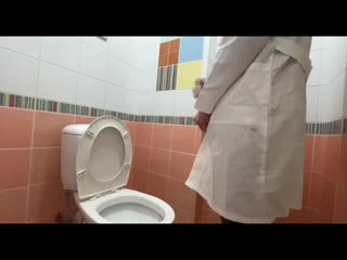 Real DOCTOR jerking off in the hospital TOILET _ Secretly masturbating