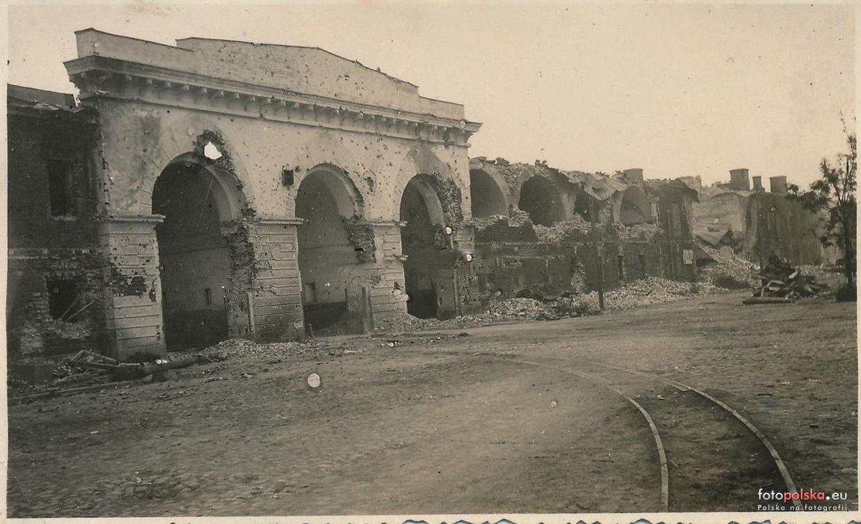 Трёхарочные (Брестские, Северные) ворота крепости