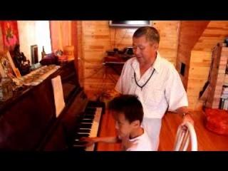 Бато Дашинамжилов и Лудуб Очиров.