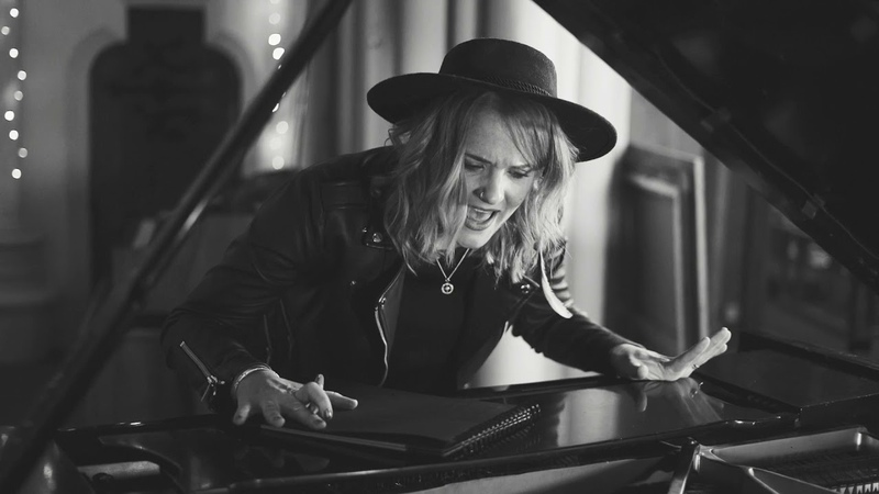 Elles Bailey What's The Matter With You