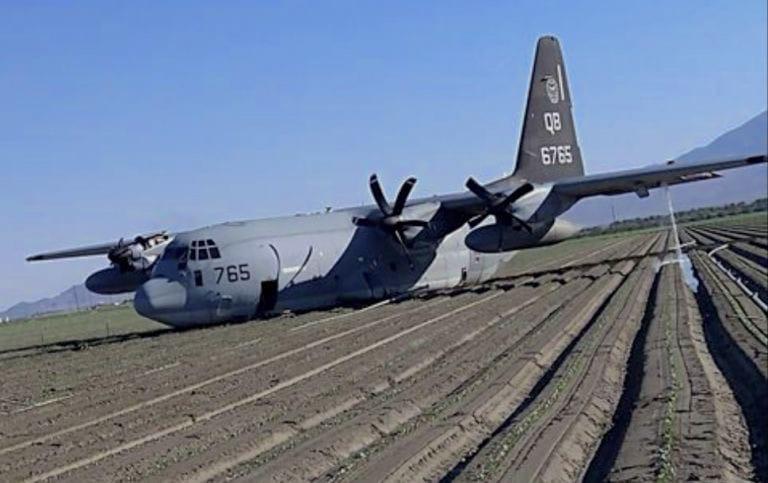 الولايات المتحدة: تحطم مقاتلة أمريكية في كاليفورنيا إثر اصطدامها بطائرة التزود بالوقود G1ngdCyGCJ8