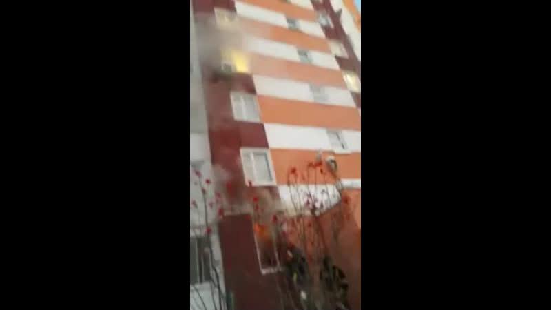 Мирный 22. Квартира горела... Что случилось причина известна