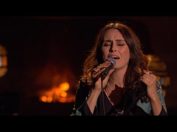 PRACHTIG! Sharon laat haar zachte kant zien met 'The Rose'   Liefde Voor Muziek