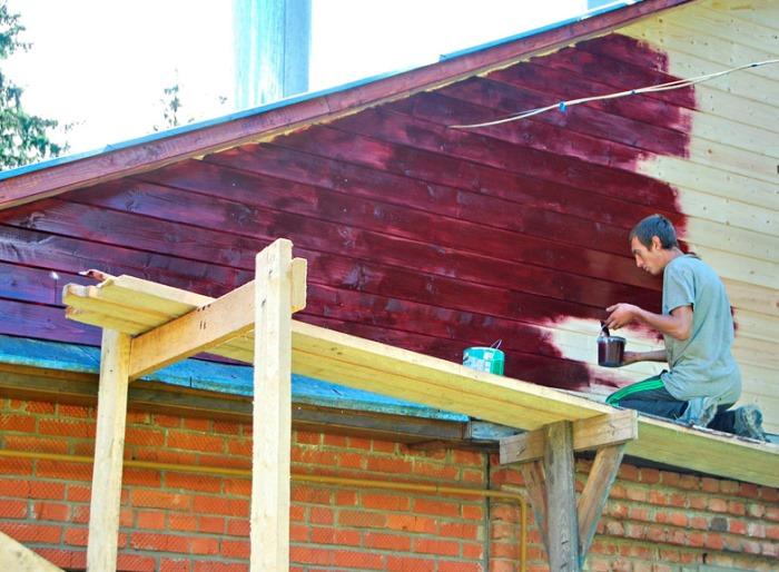 Натуральные масла защищают деревянные фасады