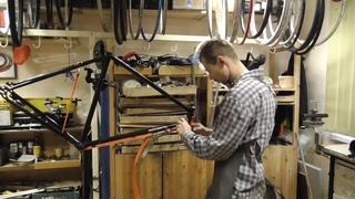 Ремонт стальной рамы велосипеда после лобового удара.