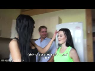 CzechGangBang - чешская оргия с молоденькой девушкой, пустили по кругу бедненькую