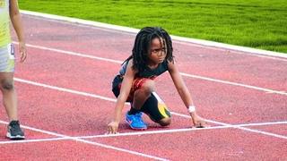 Этот ребёнок бежит так быстро, что люди называют его самым быстрым ребёнком в мире