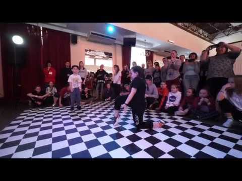 Dajnega Matvej vs. Dovzhenko David vs. Manyanova Darya. Semifinal. Hip Hop 1x1 Baby