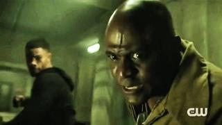 Black Lightning TV clip Khalil painkiller vs Gravedigger Fight