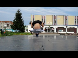 Open air headspin practice. bboy Andy...