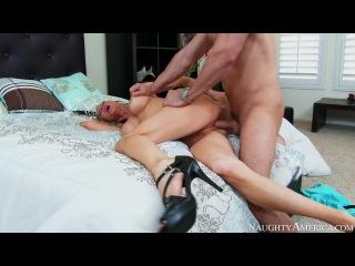 Emma starr , preston parker in seduced by a cougar