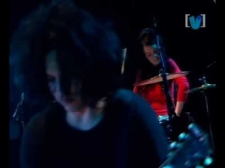 7 The White Stripes - I Want To Be The Boy To Warm Your Mother's Heart - Live Livid 2003