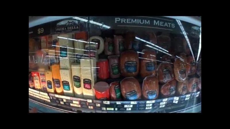 США Раннее Утро Бродилка по супермаркету