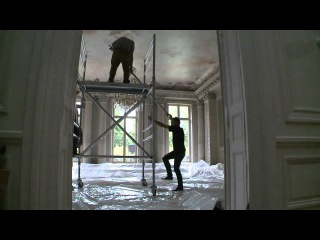 Maison Martin Margiela SS13 - Making-of the Decor Installation