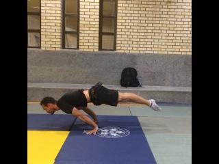 "Alireza Dn on Instagram: ""Little combination by Payam . #streetworkout #gymnastic #calisthenics #fitness #workout #gym #monster #beast #strong #motivation #balance…"""