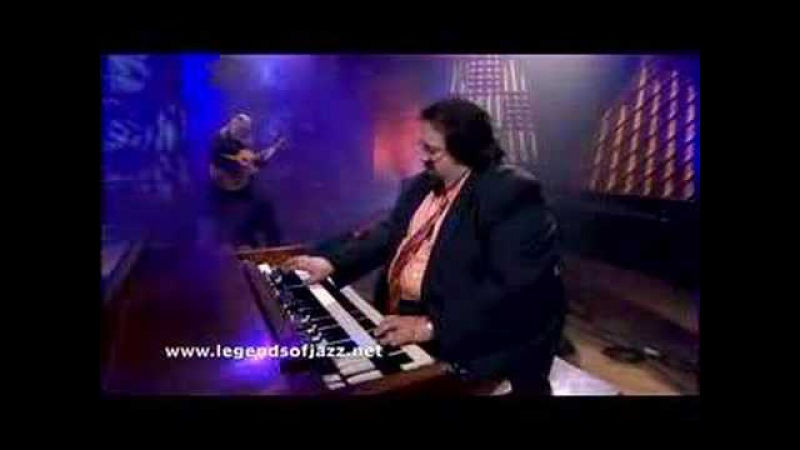 Joey DeFrancesco does Blues For Bobby C