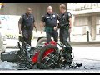 Аварии на Мотоциклах Май 2015 - Motorcycle Crash Compilation May 2015 HD