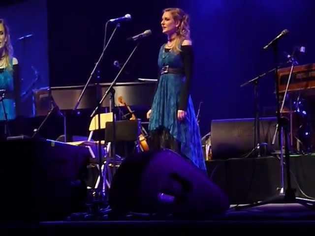 Kubinyi Júlia Csík Zenekar Syma koncertje 2012-12-30