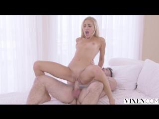 Naomi woods/Izzy Bell/Izzy Lush