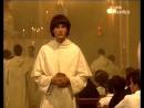 Неукротимая Хильда (Hilda Furacao) - Хильда пришла в церковь (отрывок)