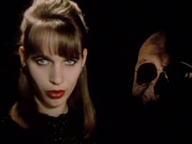 Hermann Kopp Monika M Squelette Délicieux Nekromantik 2 1991 OST