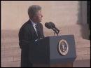 Выступление Клинтона на церемонии празднования 50-й годовщины высадки союзных войск в Нормандии. 6 июня 1994 года.
