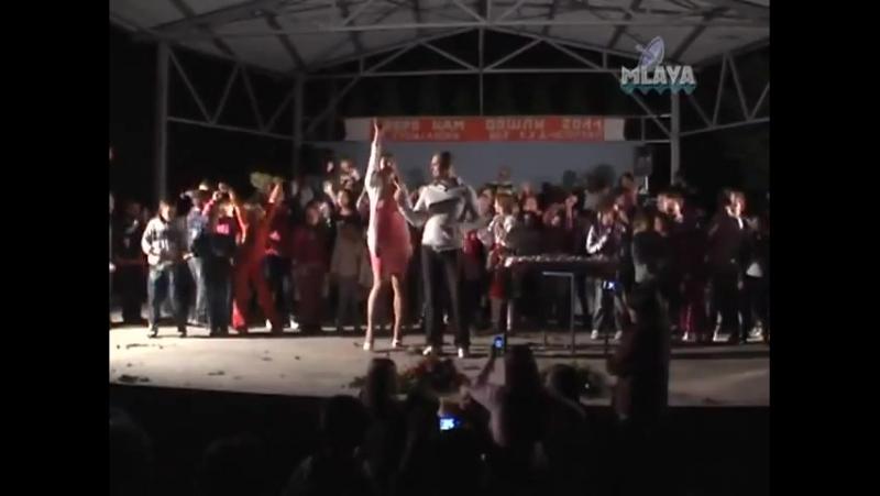 Rada Nenad Nesa Manojlovic - Mesaj mala - (LIVE) - (TV Mlava 2011)