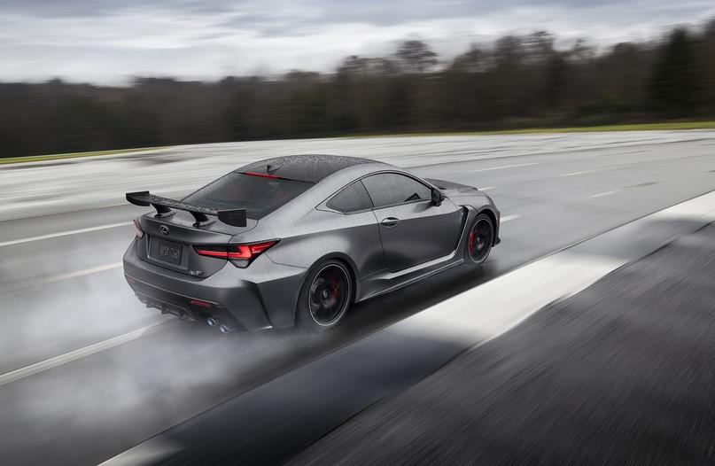 Обновленный Lexus RC F и трековая версия из карбона, изображение №10
