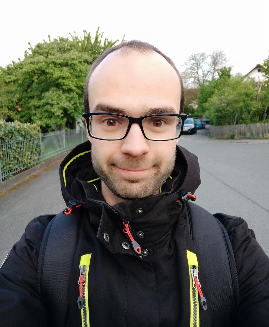 Лицо человека после прогулки в 50 км