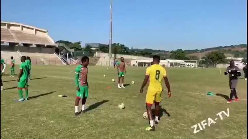 КАН 2019 Зимбабве Тренер Рахман Гумбо