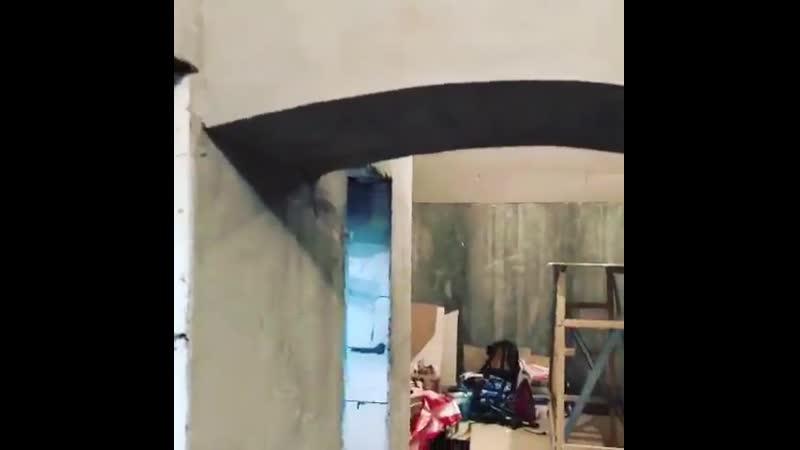 Завезли материал и оборудование на объект коктейльныйбар 🍸 винныйбар в центре Москвы на Голиковский пер 14 11 монтажсистемы