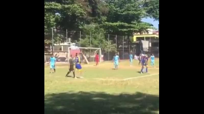Rashford training his free kicks