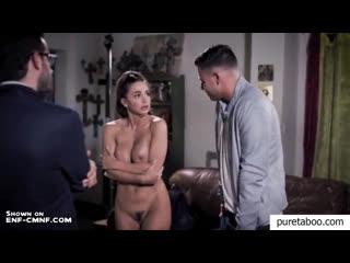 ENF, CMNF, OON  актриса на прослушивании в кинофильм раздевается догола