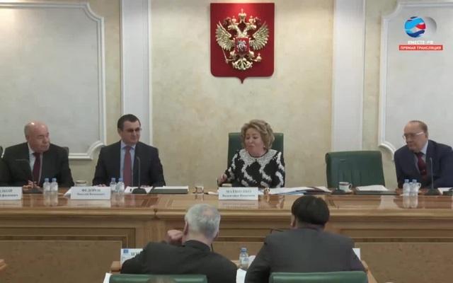 Матвиенко о критике и похвале власти