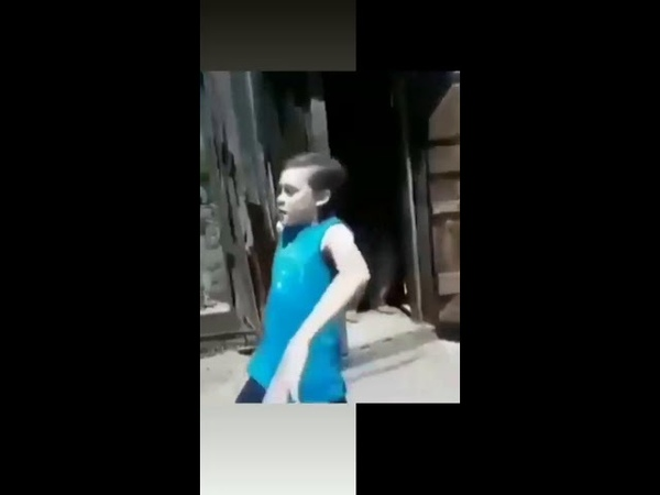 Some body once told me the world is gonna roll me shrek meme (Сам бади ворлд)