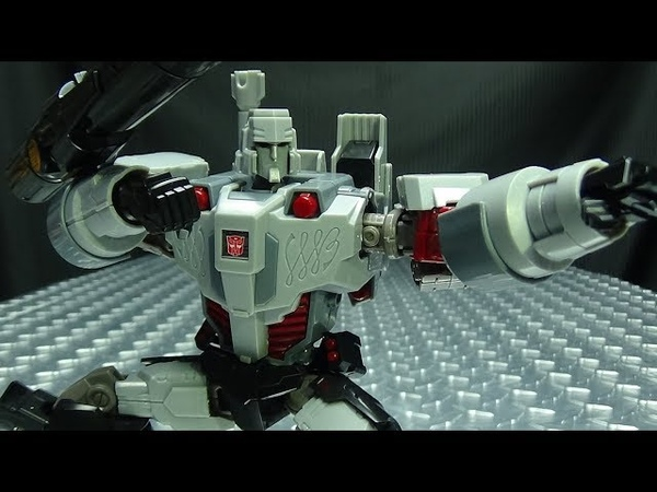 Flame Toys Furai Model MEGATRON IDW Autobot ver EmGo's Trasformers Reviews N' Stuff