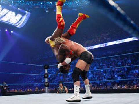 Дольф Зигглер против Кофи Кингстона - Смекдаун 30.07.2010