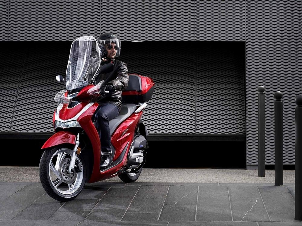 Скутер Honda SH125i 2020