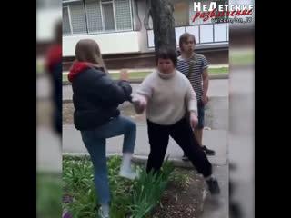 Под Одессой подростки издевались над больной девочкой!