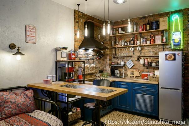 Удобный выдвижной рабочий столик! Работа дизайнеров студии Design Cafe