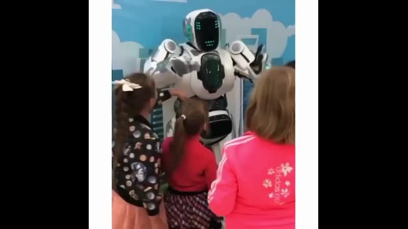 Уже на этих выходных Выставка Роботов RoboFans @ robofans пройдет в Лабинске ⠀ Вас ждёт ⠀ − 40 новейших роботов из США🇺🇸 Яп