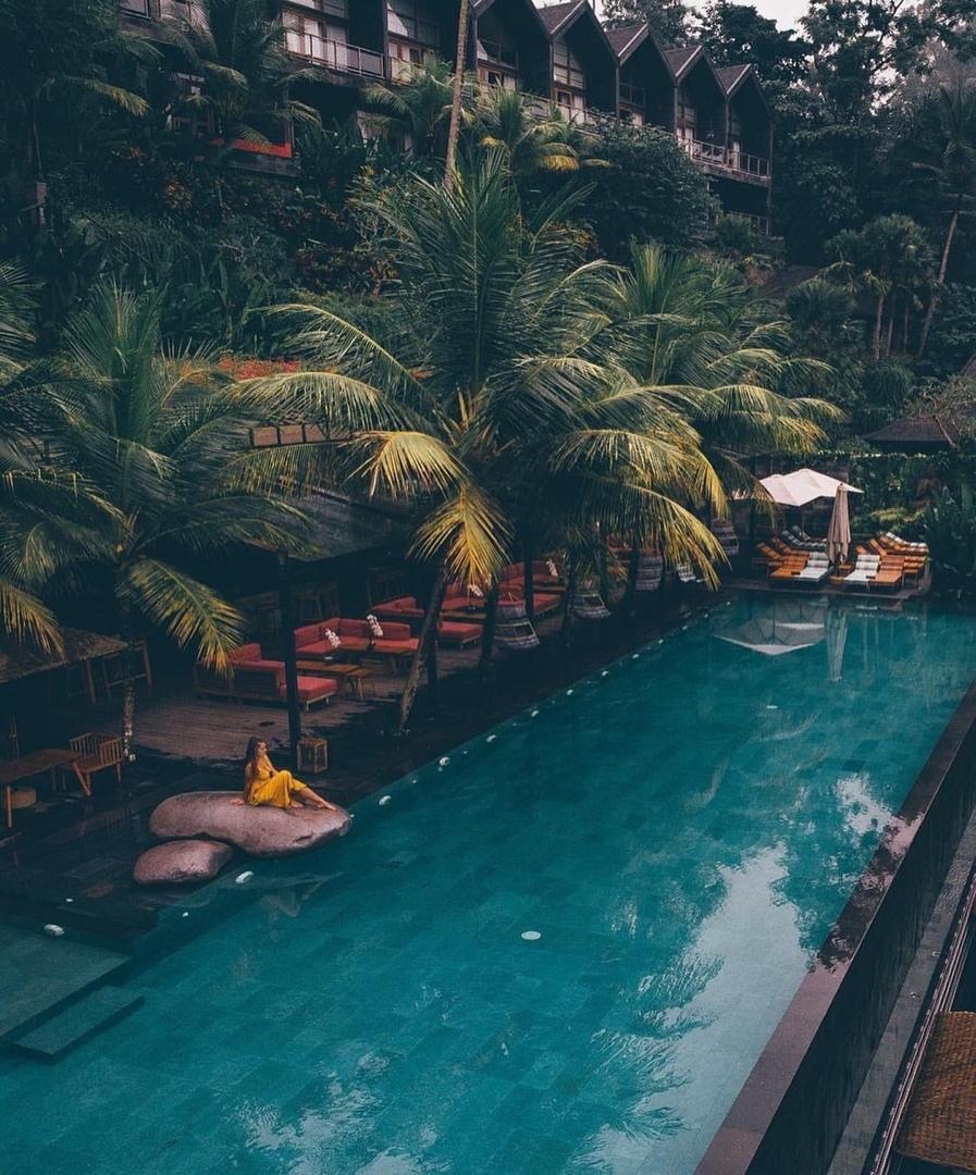 Подборка самых необычных басейнов со всего мира