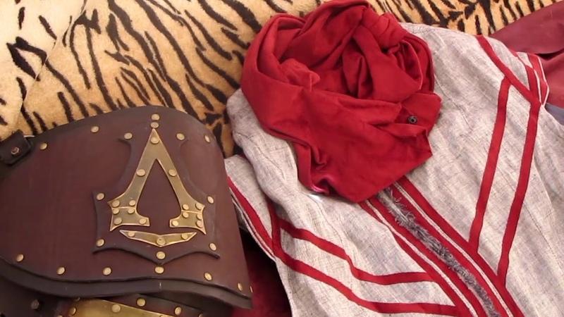 Assassin Fan cosplay clip
