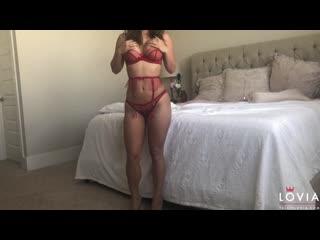 Eva Lovia #1
